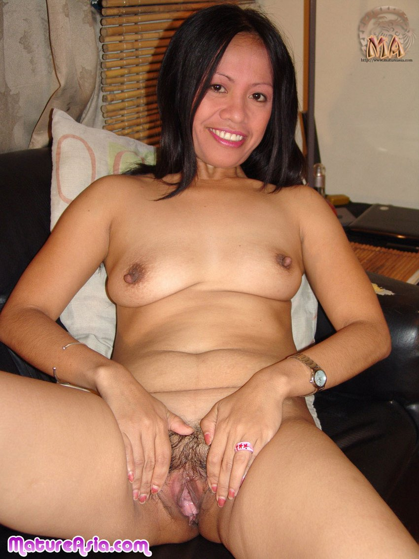 beautiful naked japanese mature