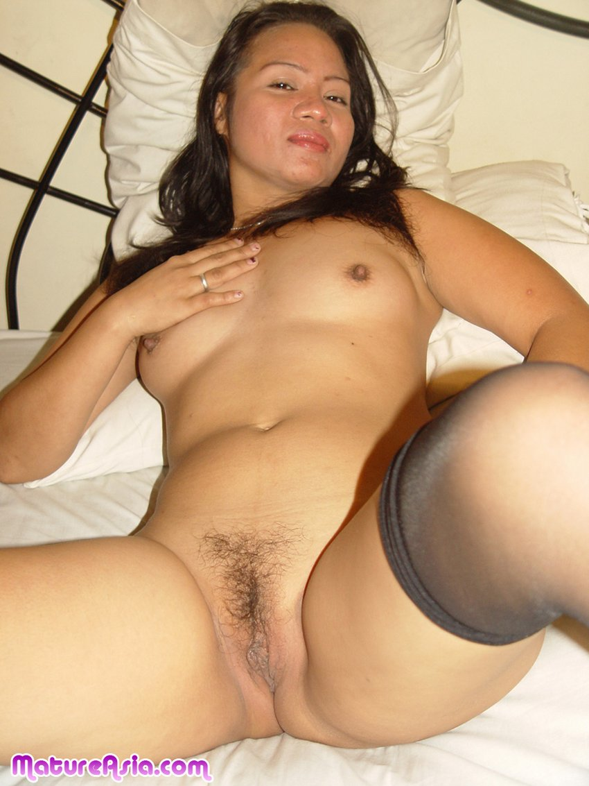 Sexy hot asian milf
