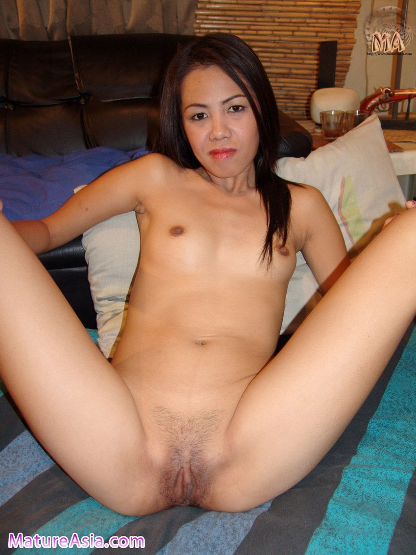 Asian milf naked