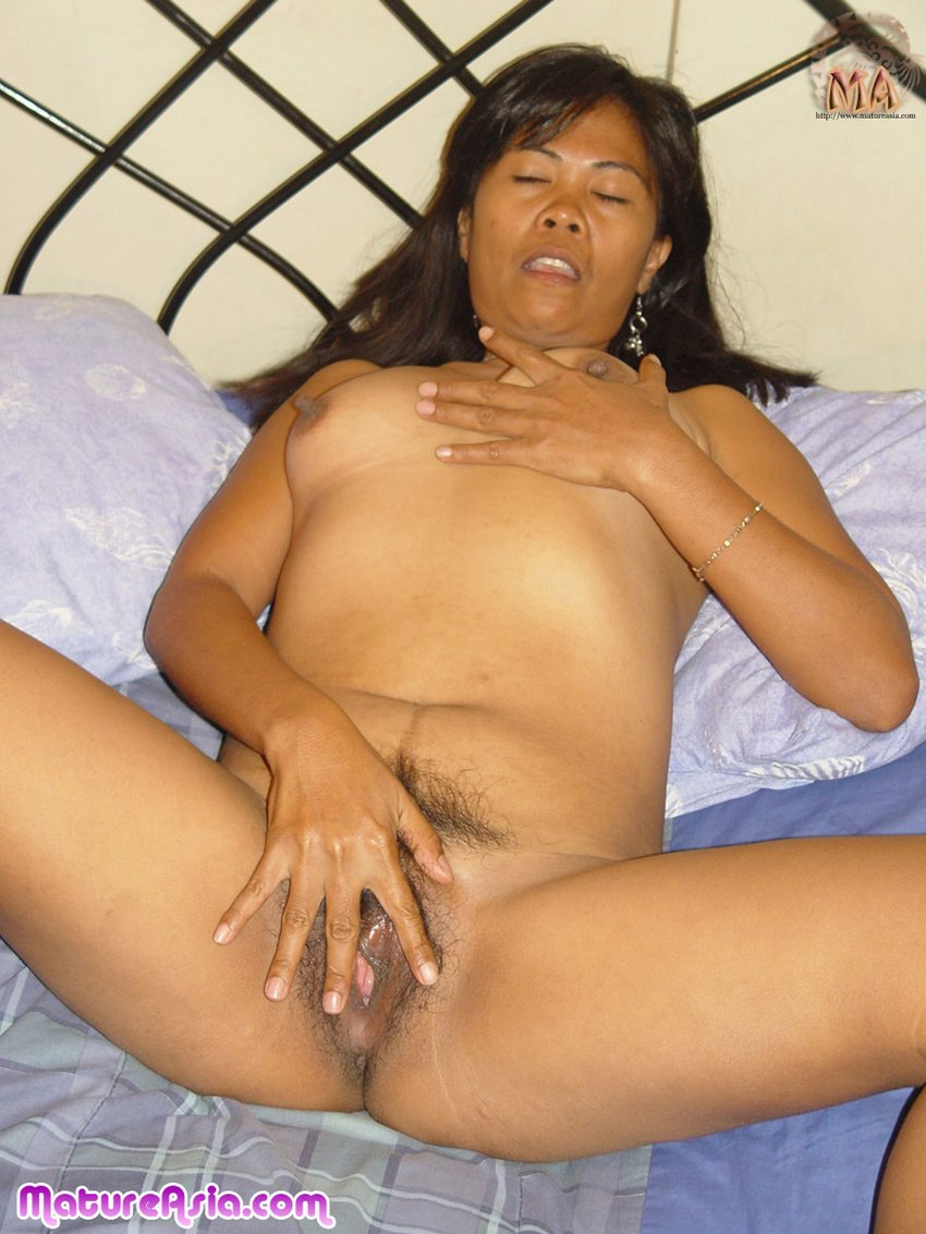 Older asian mom getting fucked video
