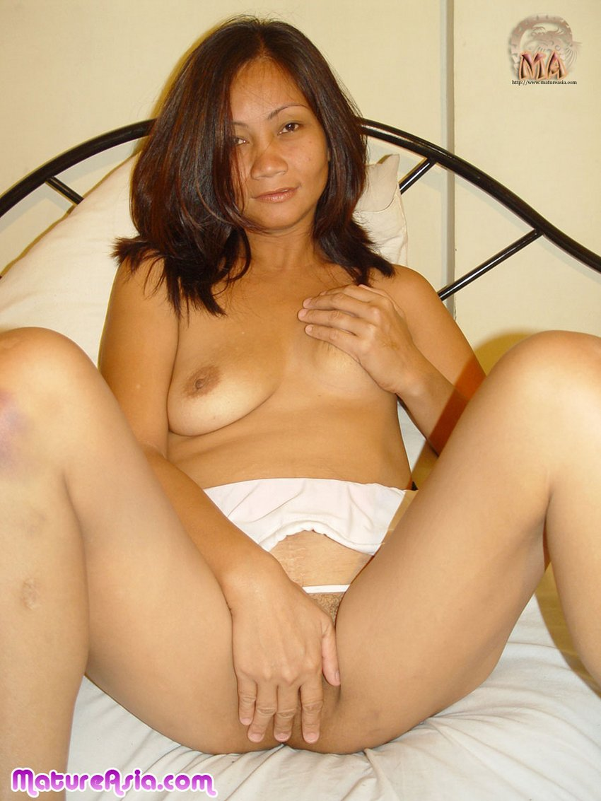 hot chinese moms pics